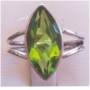 Jewelry - 5ct Peridot Solitaire Ring Size 6.5